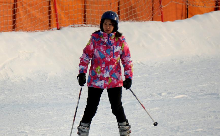 鸟巢举办雪上趣味运动会 全面健身助力冬奥会