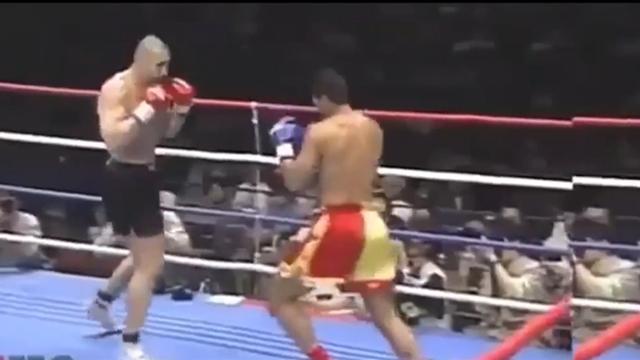 K-1早期经典KO 拳手被一记重拳击中腮部轰倒